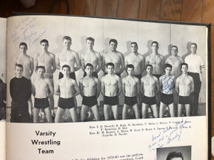 High_school_wrestling_team_20180112