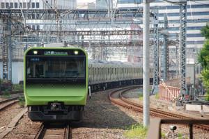 Yamanote_line_04_set_akihabara_stat